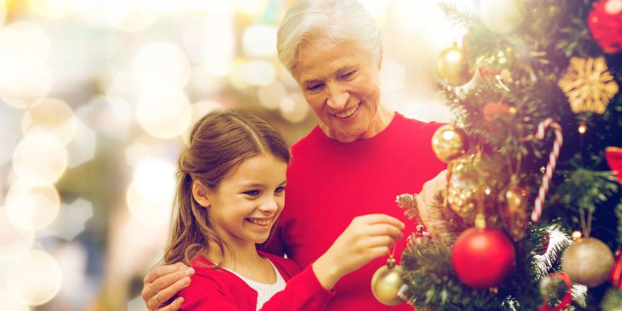 Cómo benefician las acciones intergeneracionales a niños y personas mayores